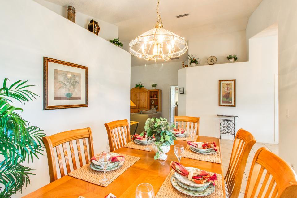 Golden Villa - Kissimmee Vacation Rental - Photo 10