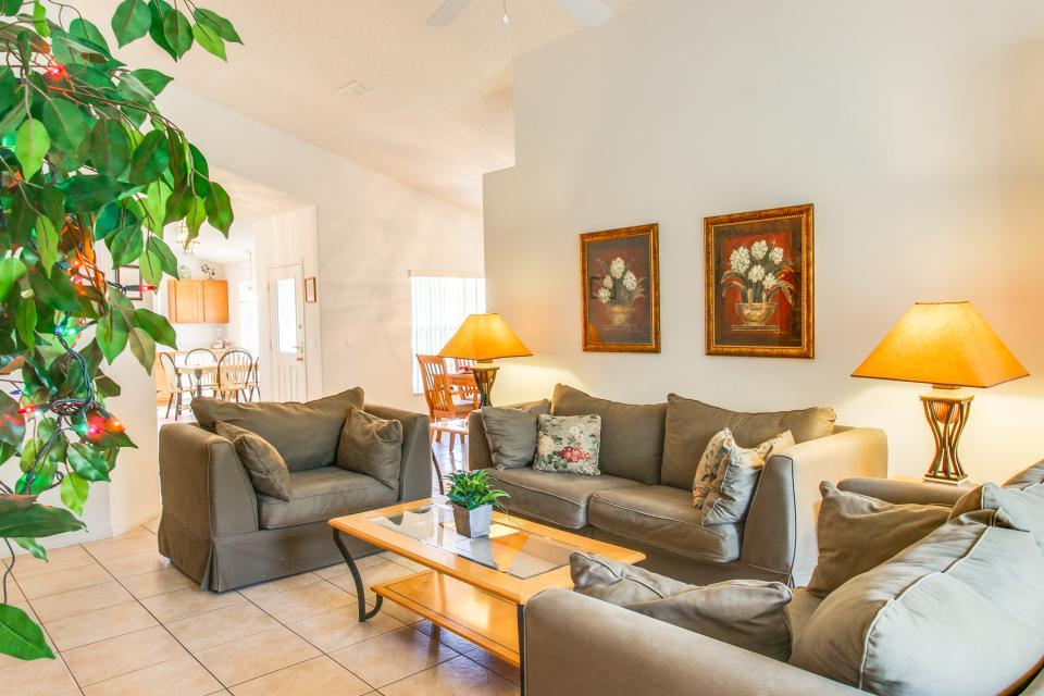Golden Villa - Kissimmee Vacation Rental - Photo 33