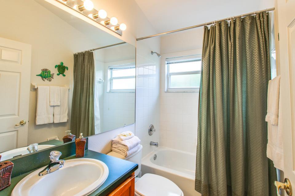 Golden Villa - Kissimmee Vacation Rental - Photo 26