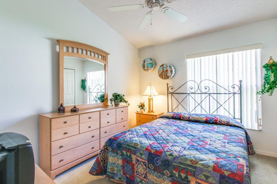 Golden Villa - Kissimmee Vacation Rental - Photo 31