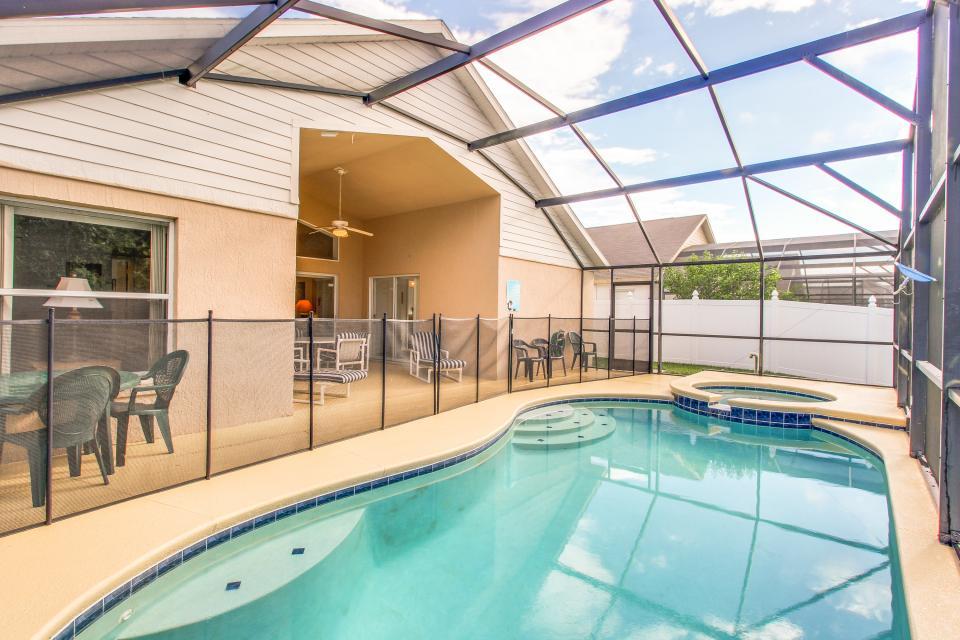 Golden Villa - Kissimmee Vacation Rental - Photo 17
