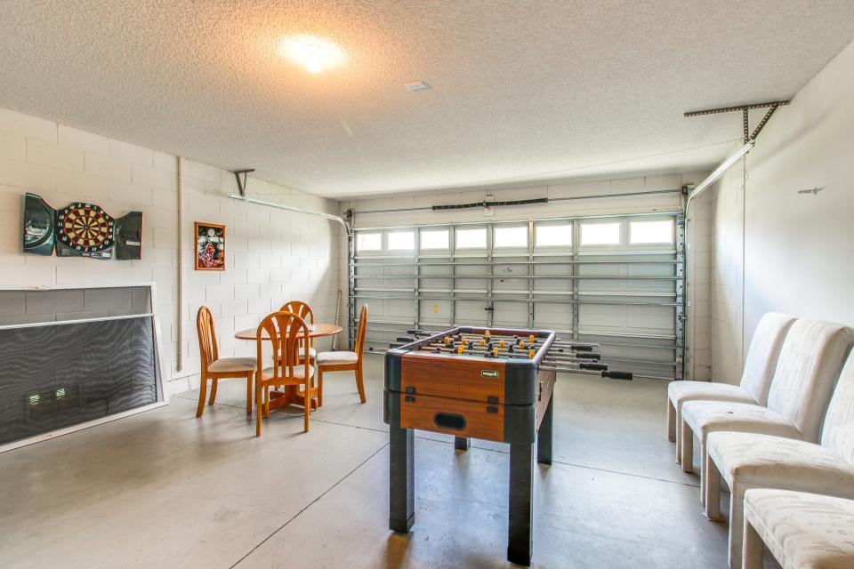 Golden Villa - Kissimmee Vacation Rental - Photo 34