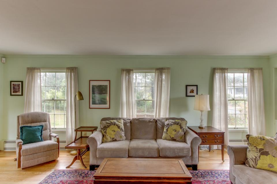 Seaside Governor's House Vacation Rental - Seaside Vacation Rental - Photo 27