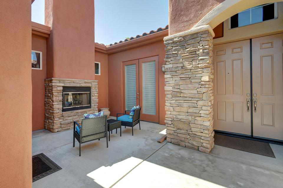 Stone Waters - Cathedral City Vacation Rental - Photo 40