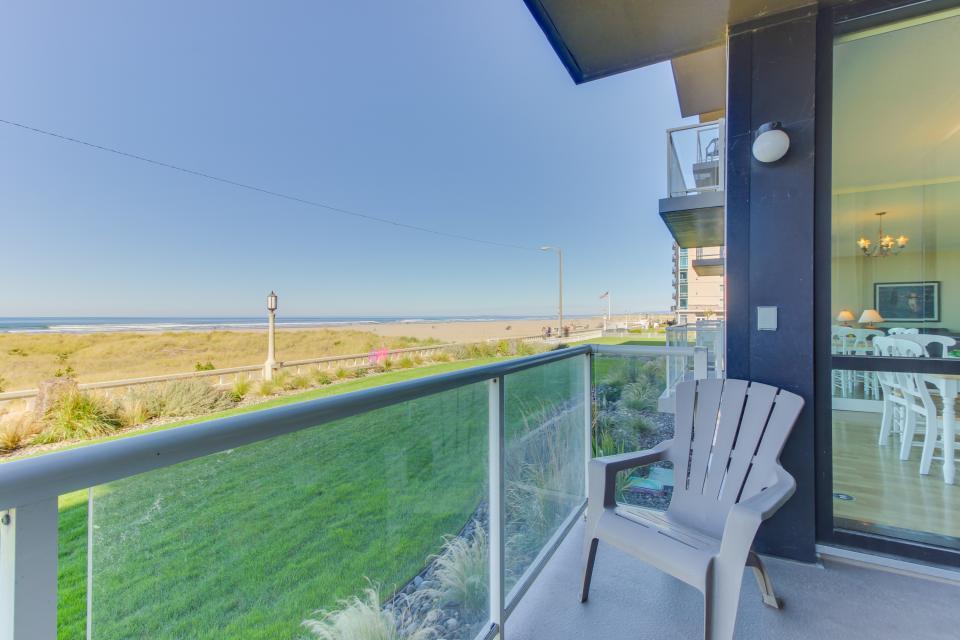 Sand & Sea: The Lewis & Clark (104) - Seaside Vacation Rental - Photo 3