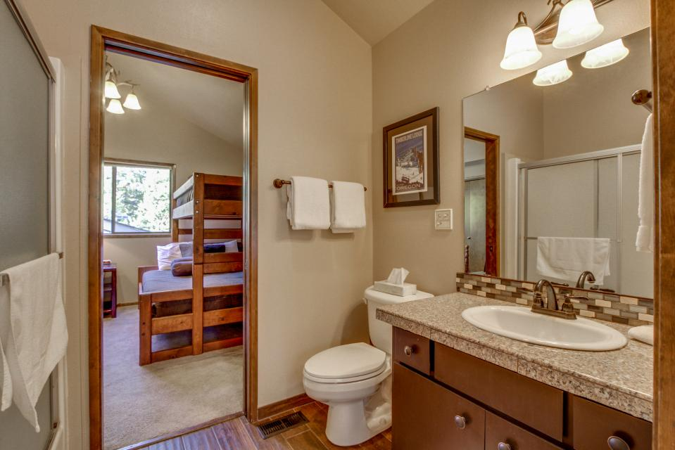 7 Flat Top - Sunriver Vacation Rental - Photo 16