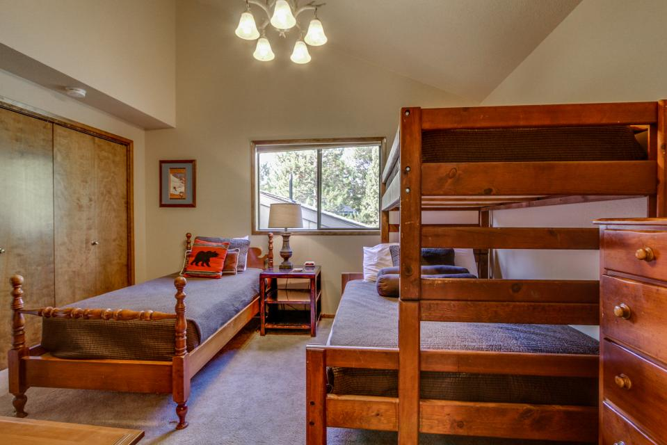 7 Flat Top - Sunriver Vacation Rental - Photo 17