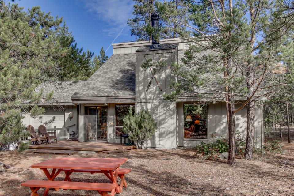 7 Flat Top - Sunriver Vacation Rental - Photo 2