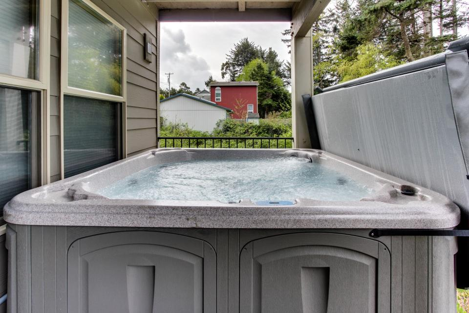 Helamans House - Lincoln City Vacation Rental - Photo 28