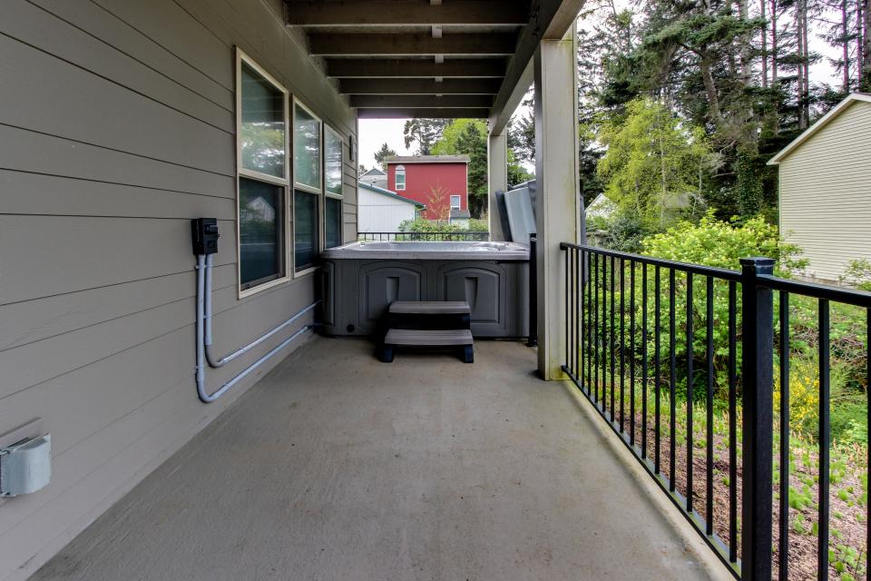Helamans House - Lincoln City Vacation Rental - Photo 29