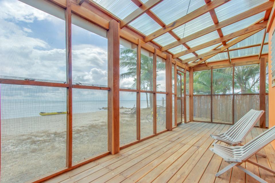 Oceanus Cabanas - Dangriga Vacation Rental - Photo 17