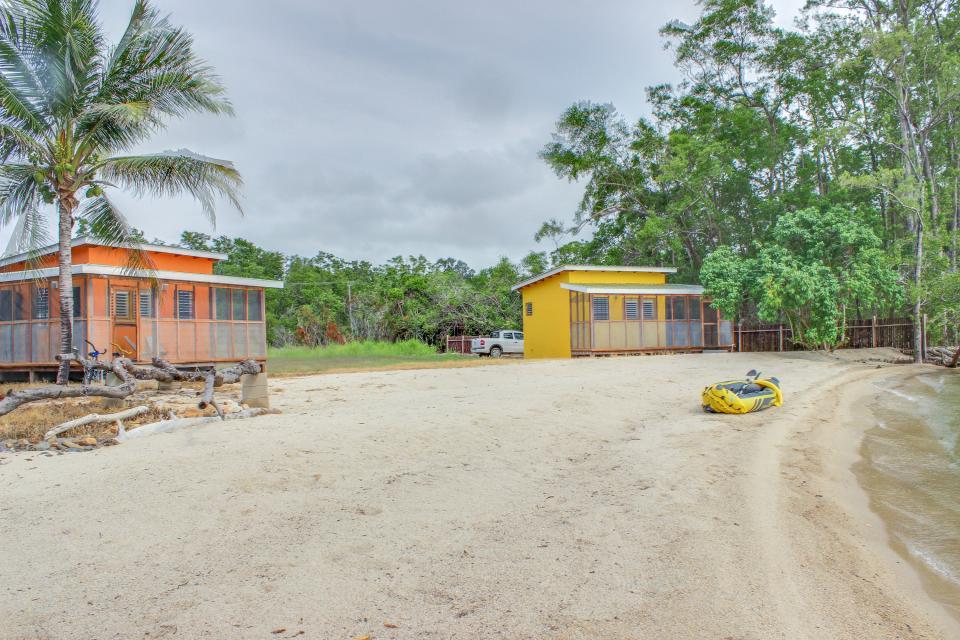 Oceanus Cabanas - Dangriga Vacation Rental - Photo 30