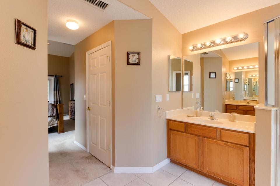 Turtle Paradise - Clermont Vacation Rental - Photo 26