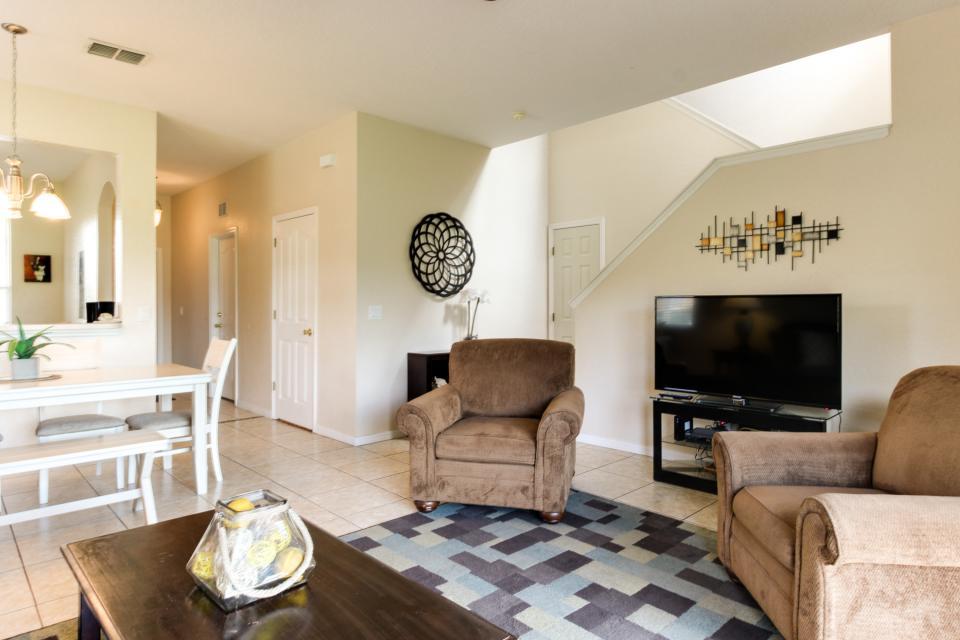 557 Miramar Villa - Davenport Vacation Rental - Photo 3