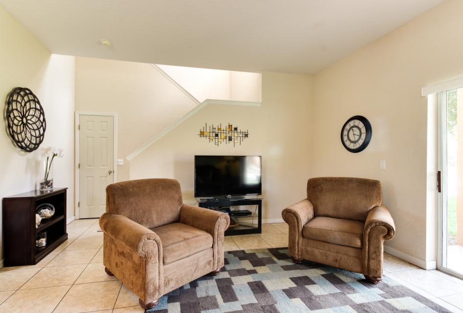 557 Miramar Villa - Davenport Vacation Rental - Photo 4