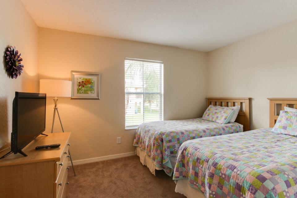 557 Miramar Villa - Davenport Vacation Rental - Photo 21