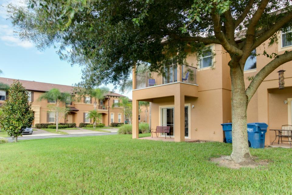 557 Miramar Villa - Davenport Vacation Rental - Photo 40