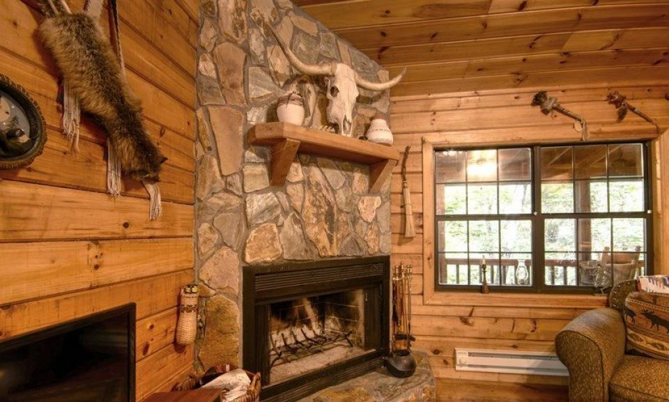Laughing Hippo | 2 BD Vacation Rental in Ellijay, GA | Vacasa