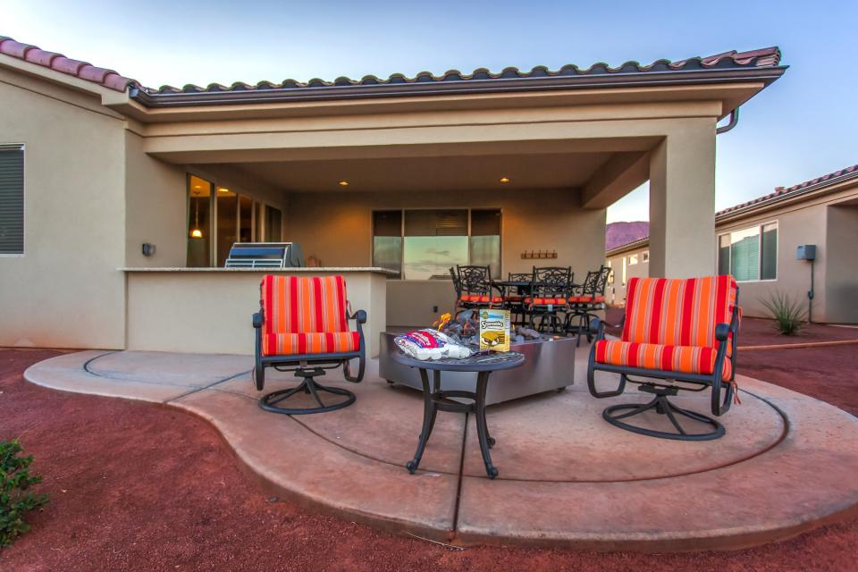 Mountain View Retreat: Paradise Village at Zion #39 - Santa Clara Vacation Rental - Photo 42