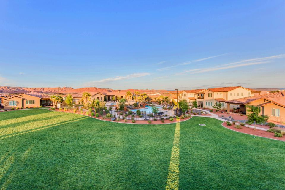 Mountain View Retreat: Paradise Village at Zion #39 - Santa Clara Vacation Rental - Photo 50