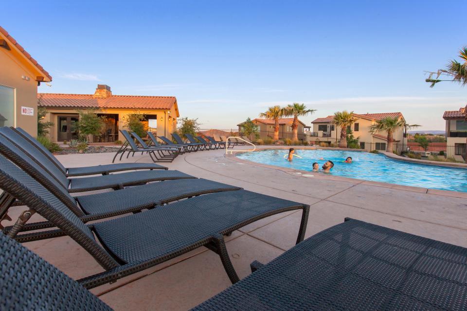 Mountain View Retreat: Paradise Village at Zion #39 - Santa Clara Vacation Rental - Photo 52