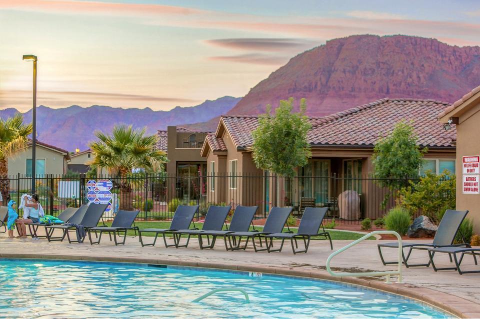 Mountain View Retreat: Paradise Village at Zion #39 - Santa Clara Vacation Rental - Photo 51