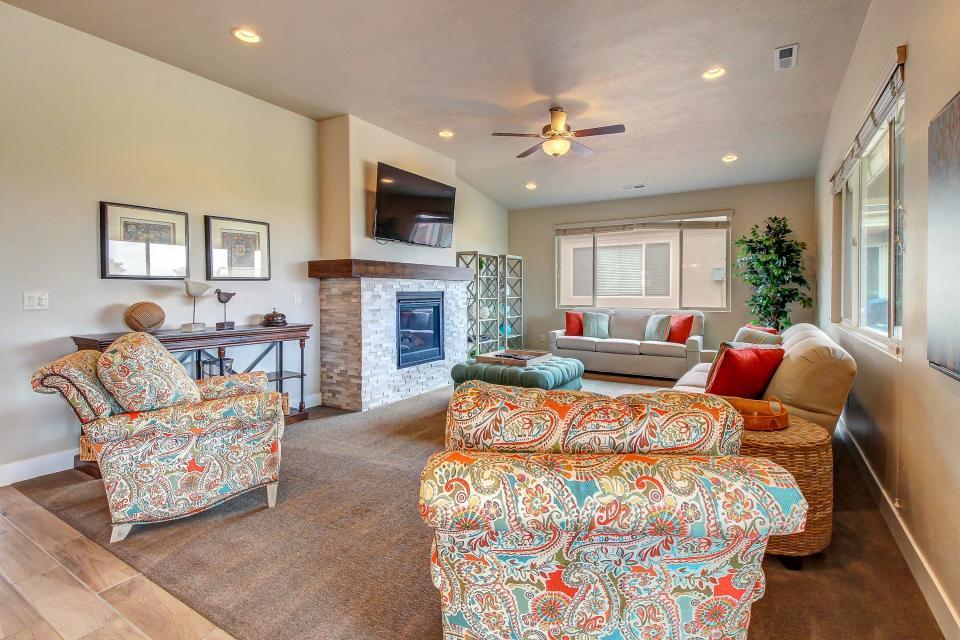 Mountain View Retreat: Paradise Village at Zion #39 - Santa Clara Vacation Rental - Photo 11