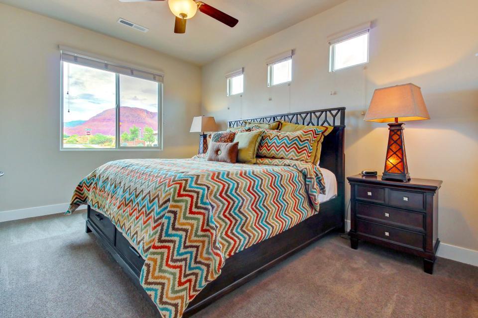 Mountain View Retreat: Paradise Village at Zion #39 - Santa Clara Vacation Rental - Photo 25
