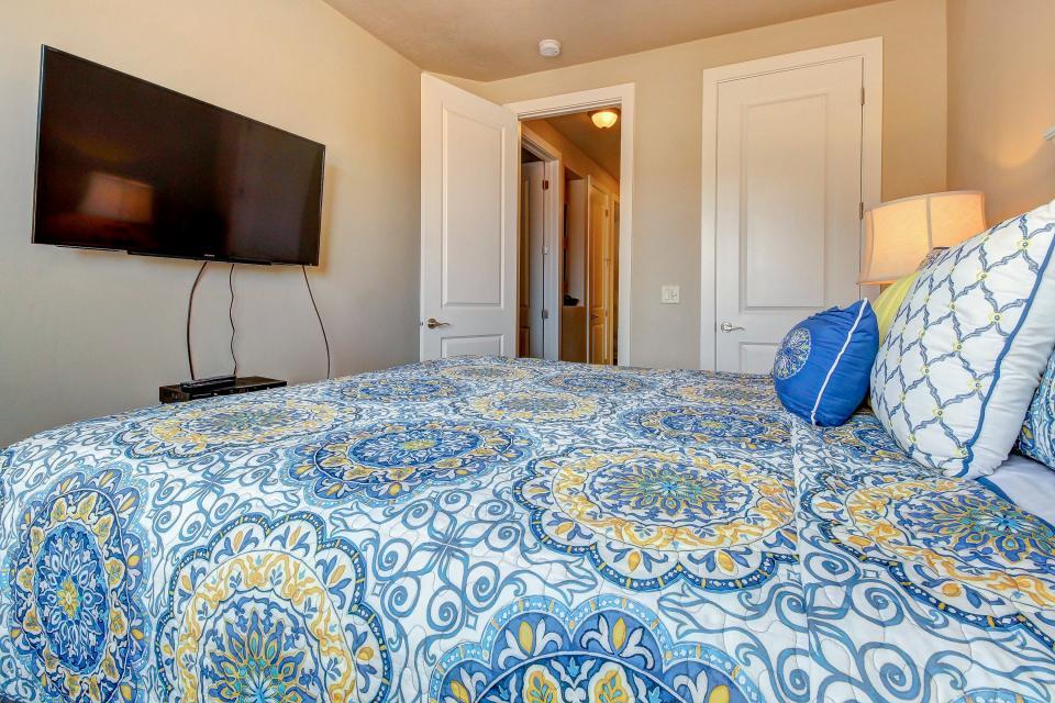 Mountain View Retreat: Paradise Village at Zion #39 - Santa Clara Vacation Rental - Photo 33