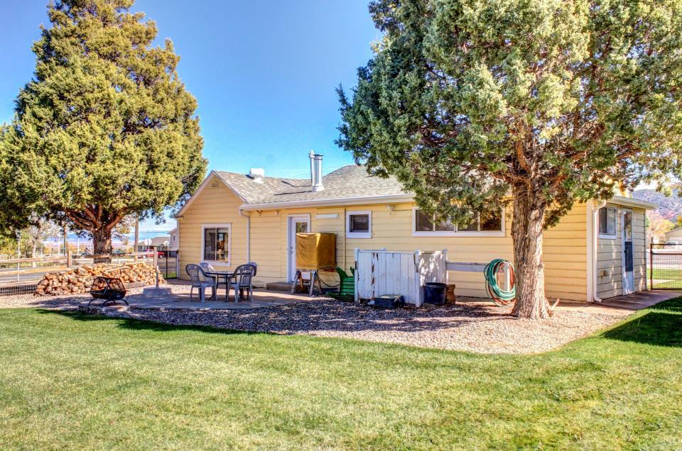 Ye Olde Yellow House - Parowan Vacation Rental - Photo 50