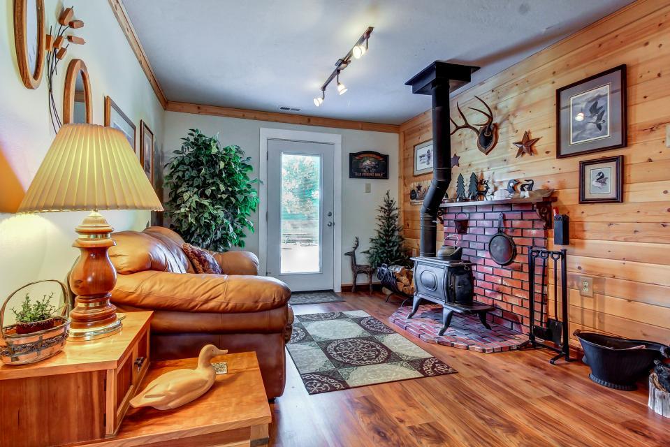 Ye Olde Yellow House - Parowan Vacation Rental - Photo 41