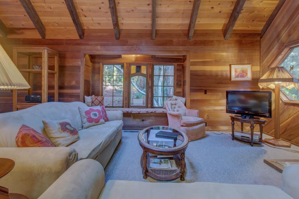 Fairy Ring Cottage - Mendocino Vacation Rental - Photo 6