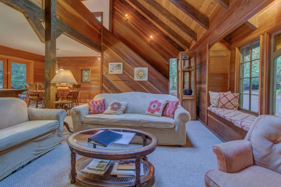 Fairy Ring Cottage - Mendocino Vacation Rental - Photo 24