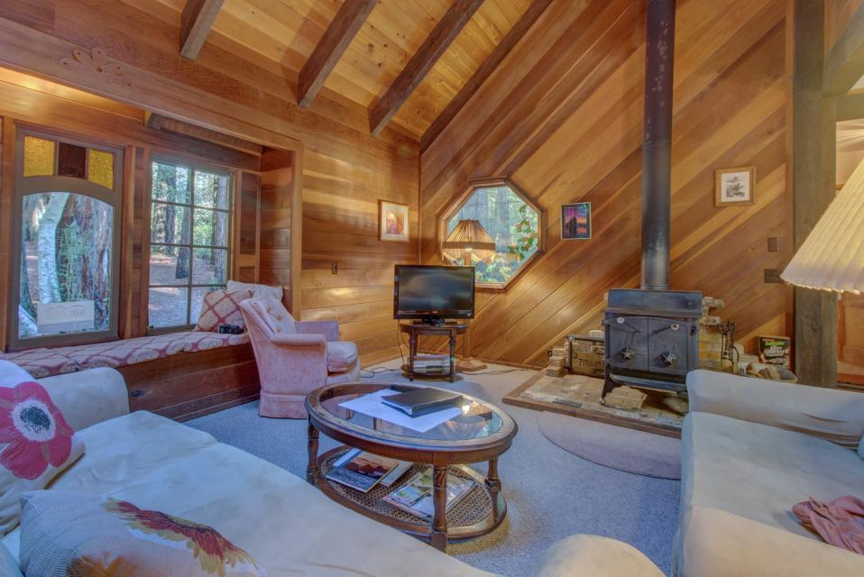 Fairy Ring Cottage - Mendocino Vacation Rental - Photo 7