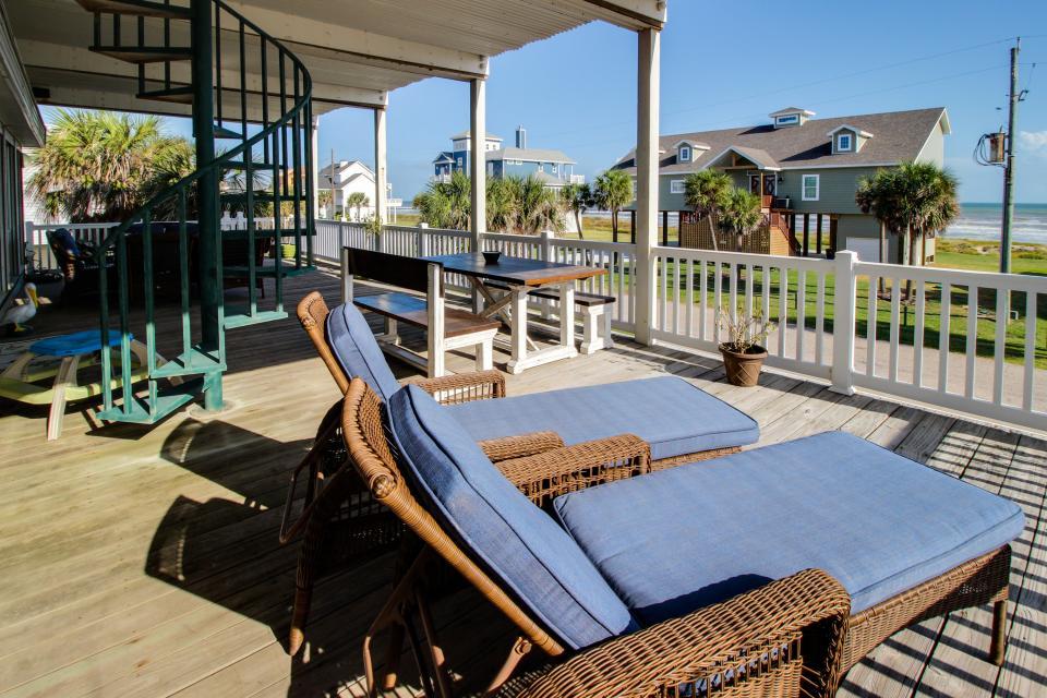 Don't Worry, Be Happy  - Galveston Vacation Rental - Photo 1