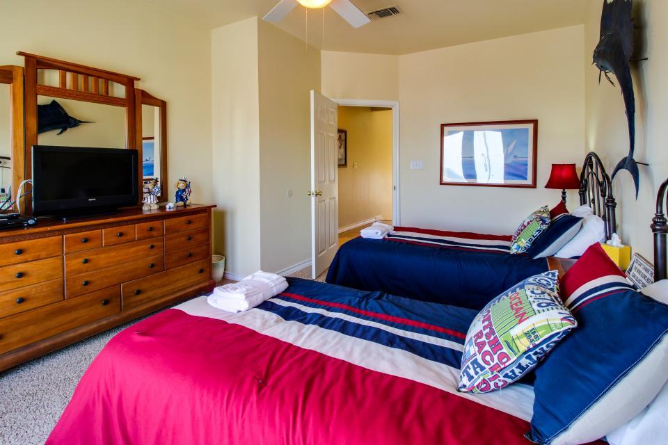 Don't Worry, Be Happy  - Galveston Vacation Rental - Photo 18