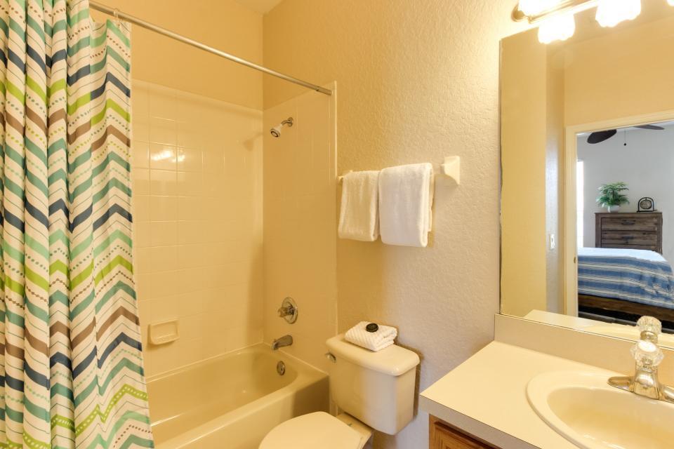 557 Miramar Villa - Davenport Vacation Rental - Photo 20