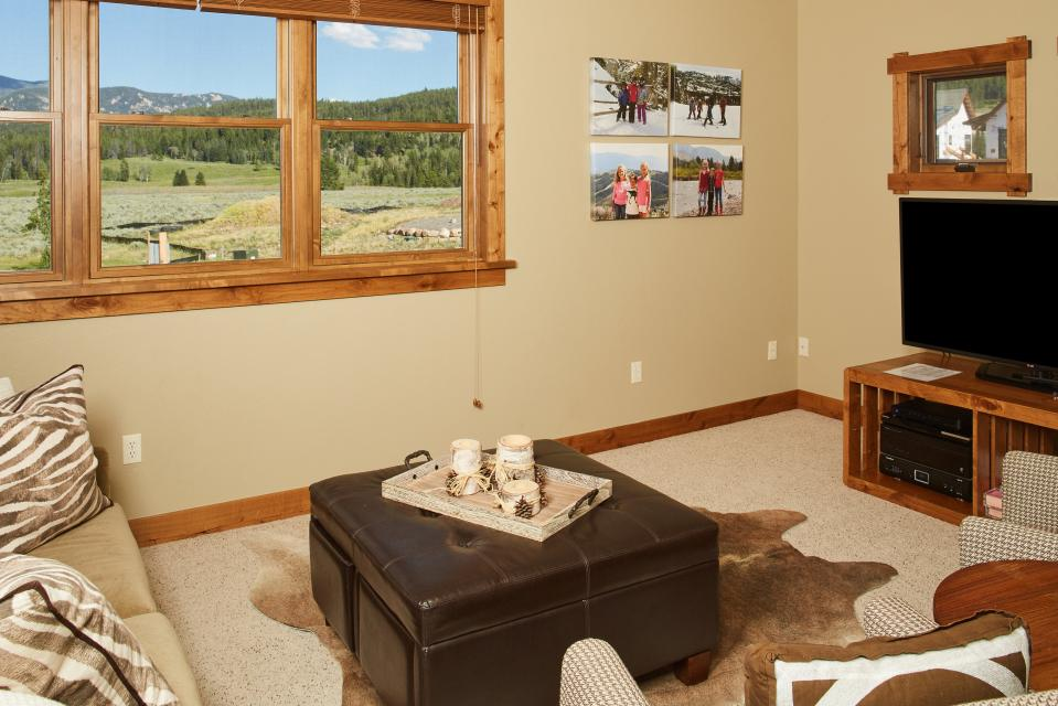 Essentia Townhome 145A - Big Sky Vacation Rental - Photo 2