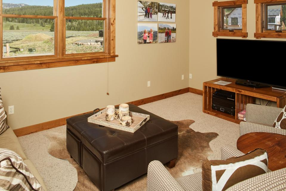 Essentia Townhome 145A - Big Sky Vacation Rental - Photo 3