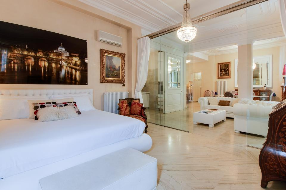 Spanish Steps Luxury Terrace Apartment - Rome Vacation Rental - Photo 6