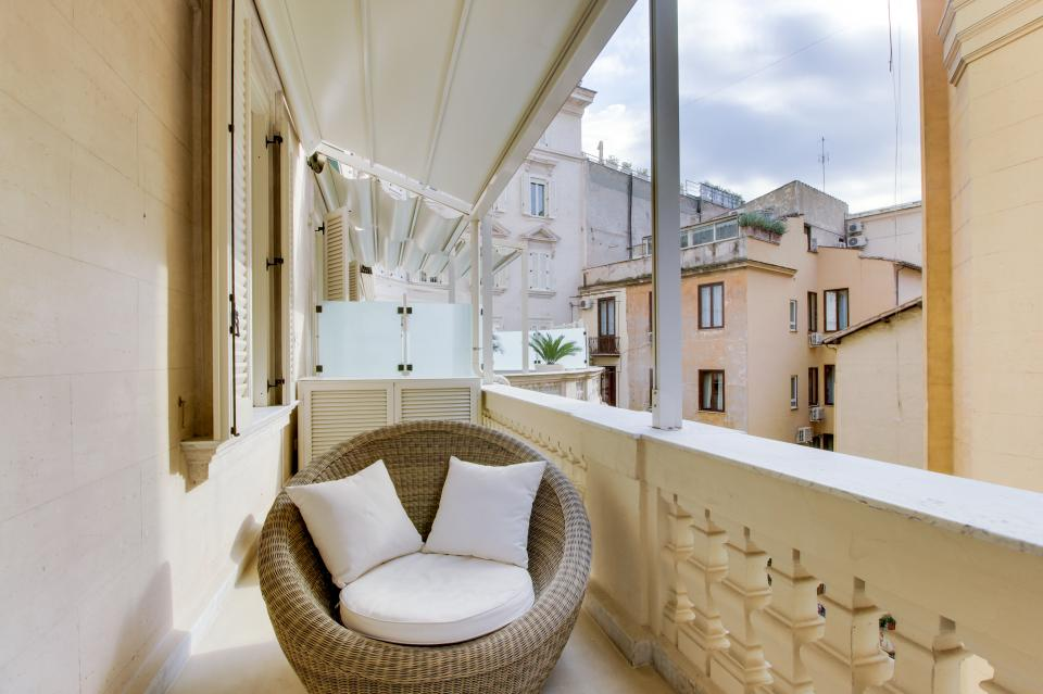Spanish Steps Luxury Terrace Apartment - Rome Vacation Rental - Photo 2