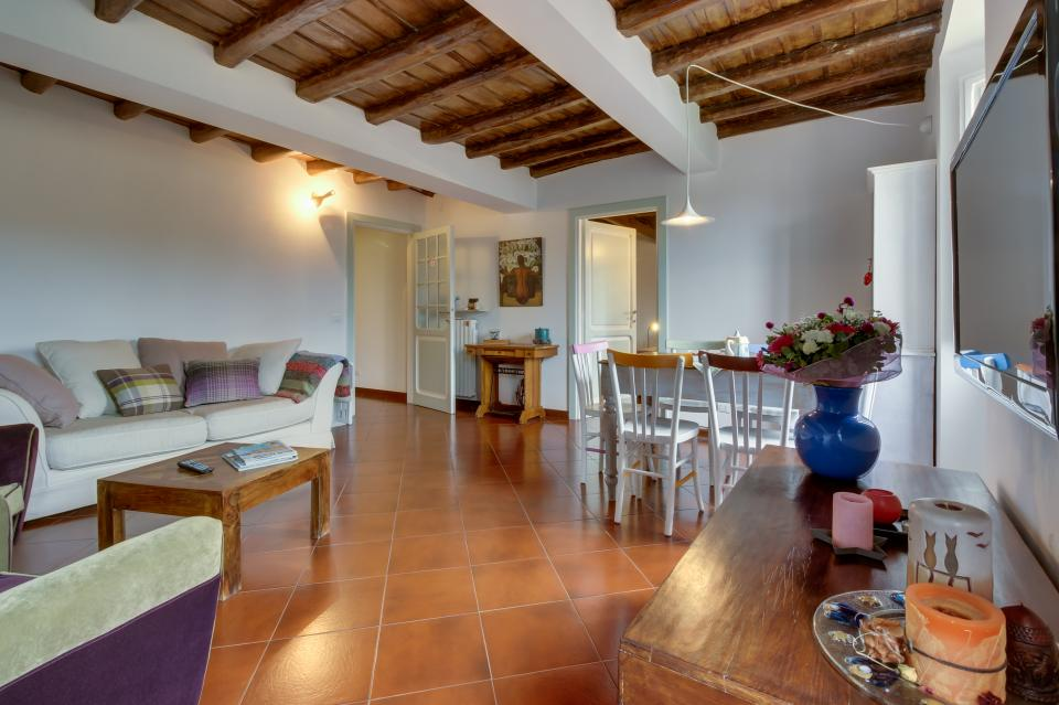 Trastevere View Apartment - Rome Vacation Rental - Photo 5