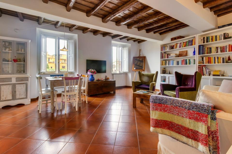 Trastevere View Apartment - Rome Vacation Rental - Photo 2
