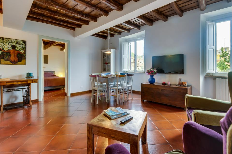 Trastevere View Apartment - Rome Vacation Rental - Photo 4