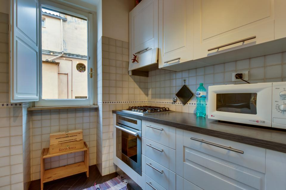 Trastevere View Apartment - Rome Vacation Rental - Photo 10