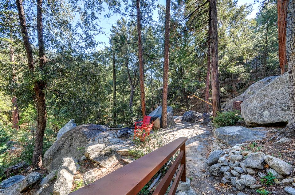 Lily View - Idyllwild Vacation Rental - Photo 3