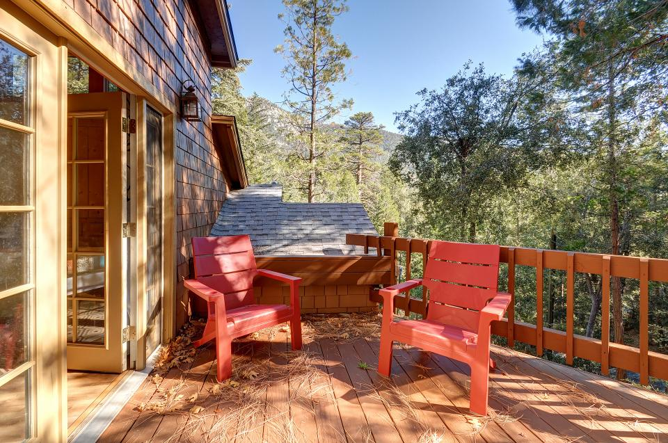 Lily View - Idyllwild Vacation Rental - Photo 19
