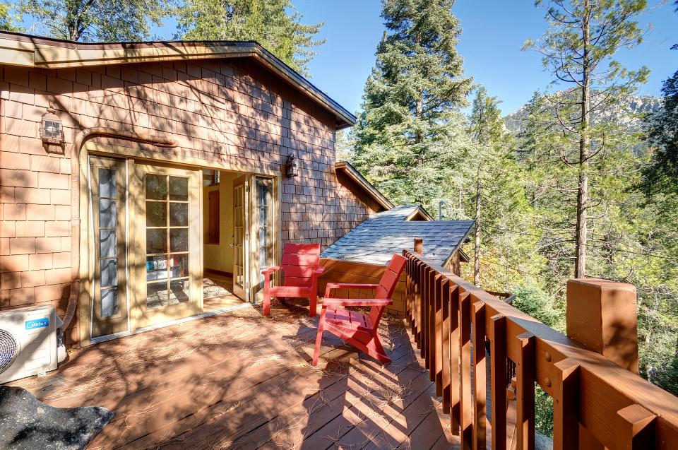 Lily View - Idyllwild Vacation Rental - Photo 20