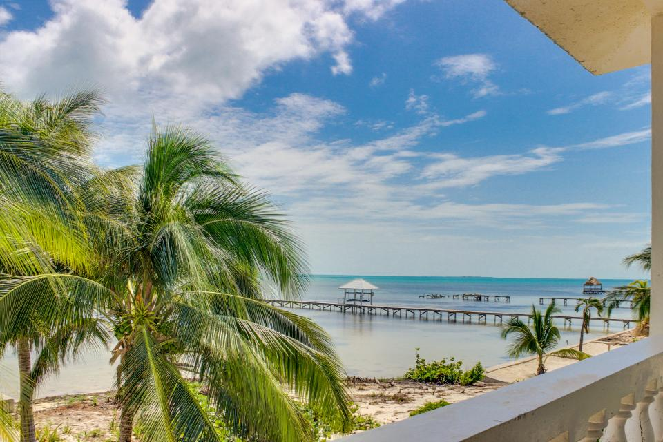 View the Blue (Whole House) - San Pedro Vacation Rental - Photo 50