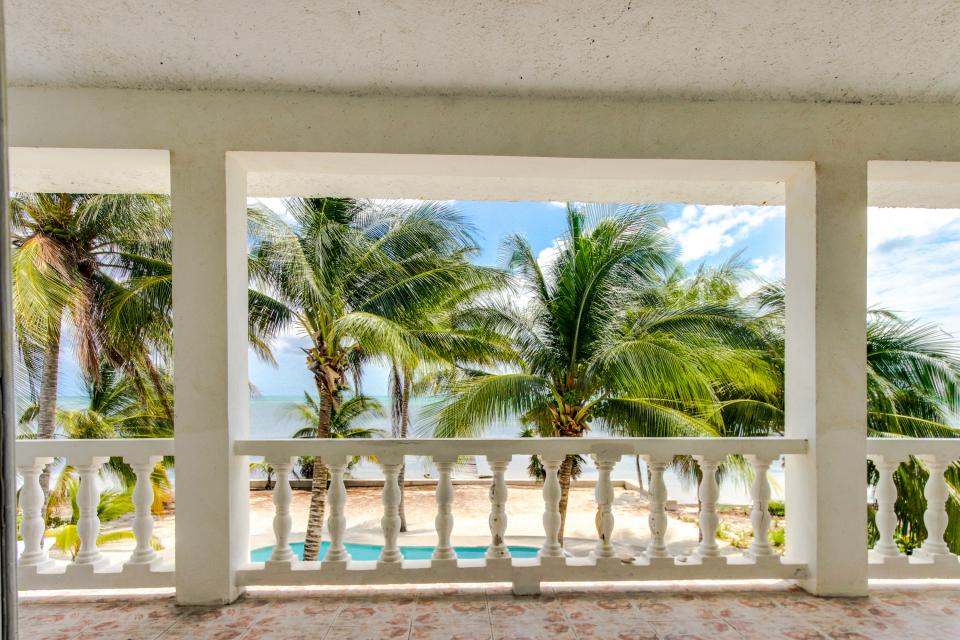 View the Blue (Whole House) - San Pedro Vacation Rental - Photo 42